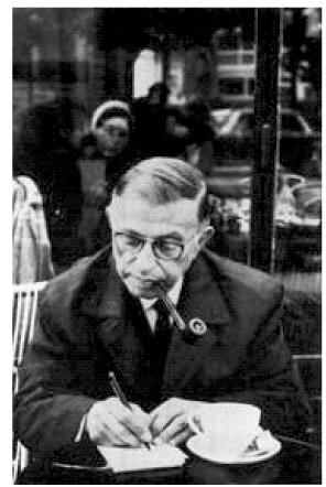 Jean-Paul Sartre tomando café