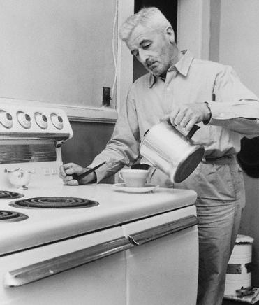 William Faulkner preparándose un café