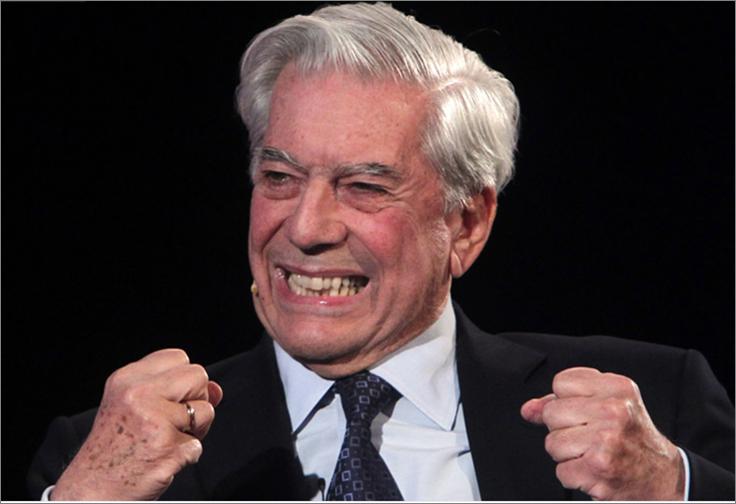 Gesto enfático de Mario Vargas Llosa