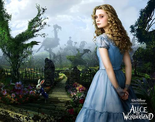 La actriz Mia Wasikowska dio vida a Alicia en la película de Tim Burton