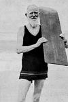 George Bernard Shaw en Sudáfrica, surfeando