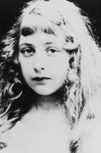 Agatha Christie adolescente destacado