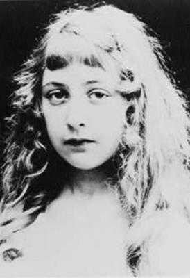 Agatha Christie adolescente