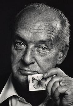 El escritor Vladimir Nabokov