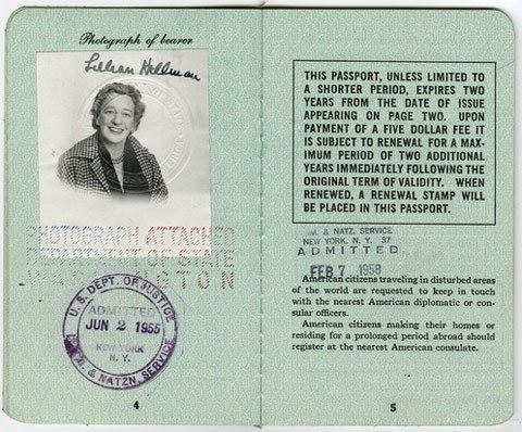Pasaporte de Lillian Hellman