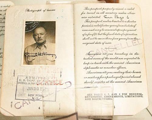 Pasaporte de Ernest Hemingway de 1957