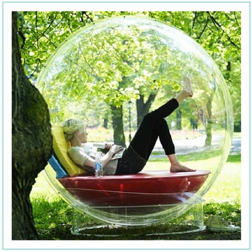 Inventos para lectores: burbuja para leer bajo la lluvia