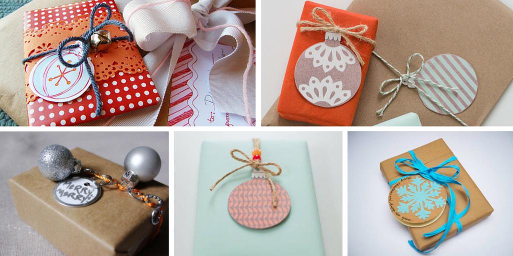 Adorna tus libros de Navidad añadiendo unas bolas al envoltorio